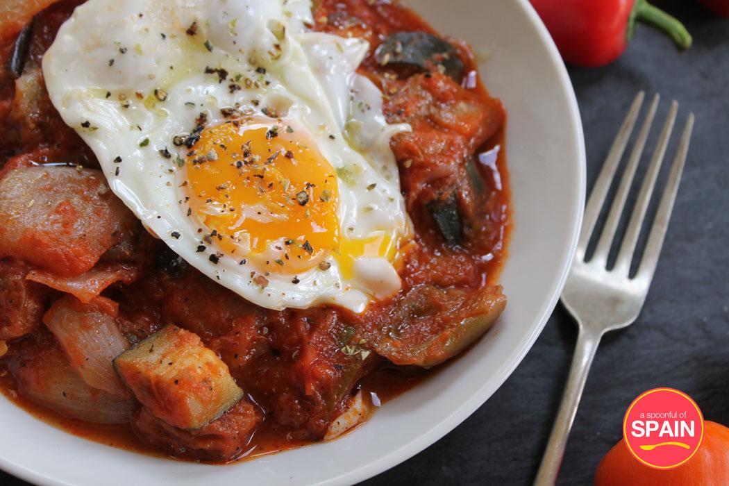 Pisto Spanish tomato and vegetable stew