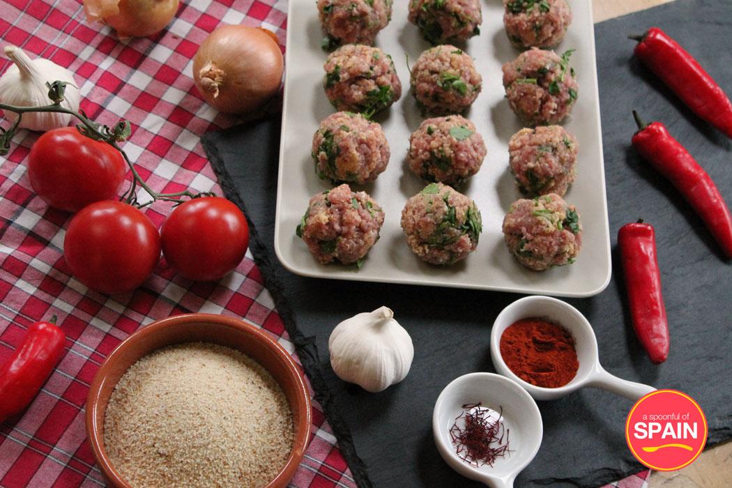 Spanish meatballs ingredients